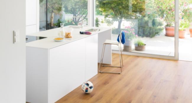 Vinylboden Küche mittelhell